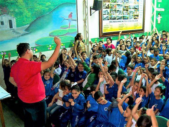 Governo do Estado promove educação ambiental em escola da zona oeste