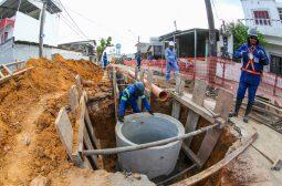 Governo do Estado avança com obras de rede de esgoto no bairro Presidente Vargas